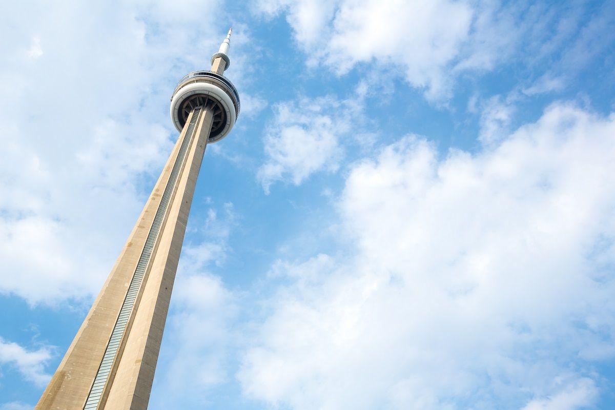 برج CN تورنتو Toronto's CN Tower